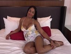 Una buena follada anal a esta madura latina en el hotel - XXX