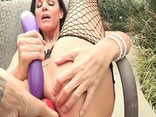 La señora India Summer se masturba al aire libre ... - Masturbaciones