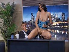 Que espectáculo está dando Kissa Sin en la televisión publica! - Cerdas