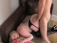 La madura es follada en un casting porno falso, que folladón!