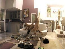 Cámara oculta mientras que Olivia Austin se folla a un amigo - Actrices Porno