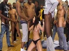 India Summer no se esconde, mirad cuantos negros para ella - Milf