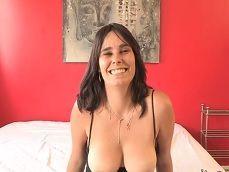 La milf española Natalia Ruso es follada por Kendo, que pollón! - Porno Español