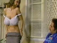 Las folladas que Ron Jeremy le pegaba a las maduras de antes - Porno Clásico