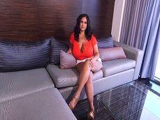 Quedo con mi secretaria en el hotel, menudas tetas joder.. - Secretarias