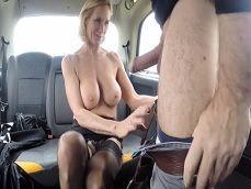 Es montarse en el taxi y la señora se pone a mil, uuuf! - Folladas