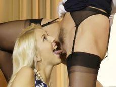 Maduras lesbianas se comen los coños sin parar: menudo vicio - Lesbianas