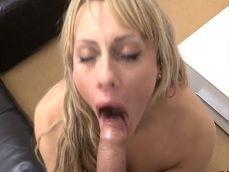 La rubia la chupa que da gusto, que buen casting porno.. - Beeg