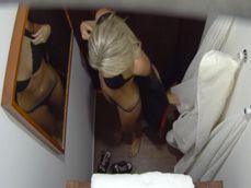 Hemos escondido varias cámaras ocultas en una sala de masajes - Xvideos
