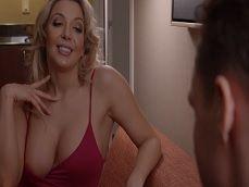 Así que te gustan las prostitutas con buenas tetas, no? - Videos Porno