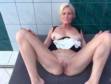 Madura sale del casting porno con el coño chorreando de semen - Redtube