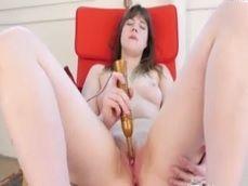 La hermana de mi mujer me manda este vídeo erótico - Masturbaciones