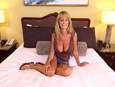 Joder con la madura, hasta pide un anal en su primer casting porno - Anal